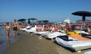 Beds! On the BEACH!!!