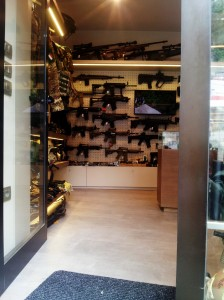 Handy gun shop