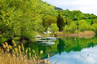 Beautiful reflections on Lake Scanno